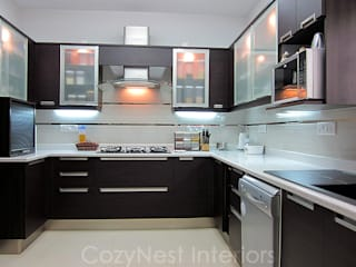 Chinta Residence Modern kitchen by Cozy Nest Interiors Modern