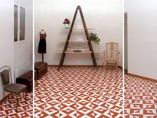 Phòng học/văn phòng phong cách chiết trung bởi La Manual Chiết trung