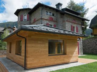 Villa Gheza Case classiche di Legnocamuna Case Classico