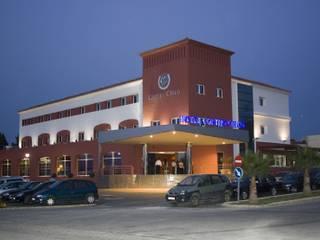 Hotel Cortijo Chico:  de estilo  de ARQUISURLAURO S.L.P.