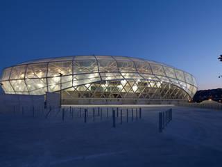 Le stade de nuit Stades modernes par Wilmotte & Associés Moderne