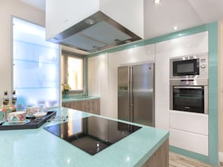 Kitchen island Cocinas de estilo moderno de Espacios y Luz Fotografía Moderno