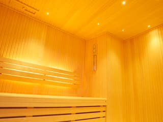 Luxury sauna and steam room installed in Cambridge Modern gym by Leisurequip Limited Modern