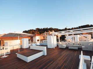 Terraços  por studio architettura battistelli roccheggiani