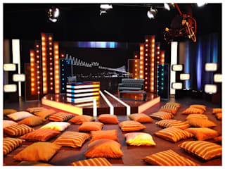 tv set design:  Conference Centres by AreDEKO & AreSETS