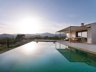 exterior Piscinas de estilo moderno de margarotger interiorisme Moderno