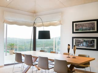 Modern dining room by margarotger interiorisme Modern