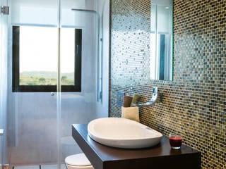 Casas de banho modernas por margarotger interiorisme Moderno