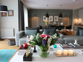 living room: modern Living room by Esra Kazmirci Mimarlik