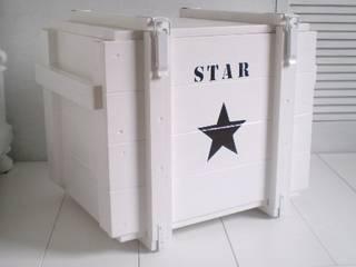 """Truhe """"STAR"""":   von Galerie-Artcat"""