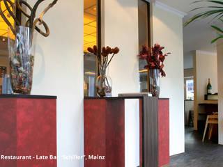"""Innenarchitektonische Neugestaltung Café-Restaurant-Late Bar """"Schiller"""" - Mainz:  Bürogebäude von GID│GOLDMANN - Innenarchitekt in Sehnde"""