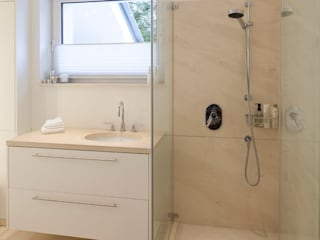 Einwandfrei - innovative Malerarbeiten oHG Salle de bain classique