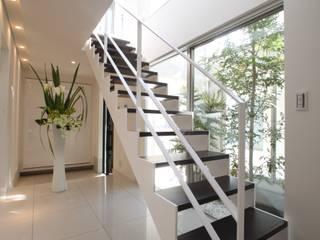 Corridor, hallway by TERAJIMA ARCHITECTS, Modern