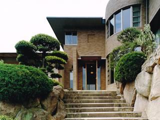 御影の家: アトリエ空一級建築士事務所が手掛けた家です。