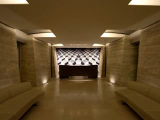 Bentley Hotel (ora Melià Genova), Genova Hotel moderni di Studio Simonetti Moderno