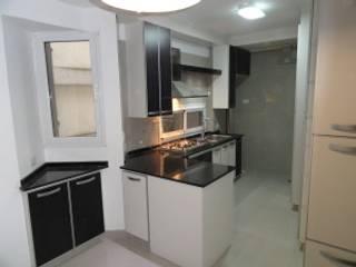 Cocina calle Charcas de Villazala-Elias Arquitectos Moderno