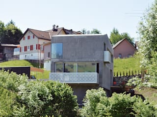 Industrial style houses by Himmelhoch GmbH Industrial