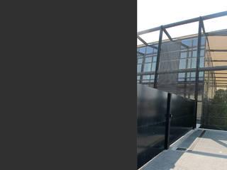 Sede Marco Bicego Gioielli 2010 Complesso d'uffici in stile minimalista di TIBERIO CERATO Minimalista