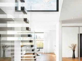 Modern Koridor, Hol & Merdivenler Marty Häuser AG Modern