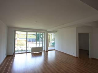 Wohnzimmer vorher:   von raumcouture Einrichtungsberatung & Home Staging