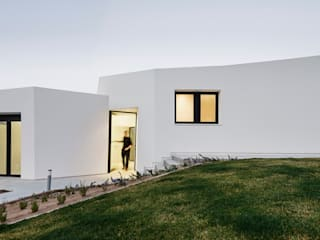 House in Llavaneres MIRAG Arquitectura i Gestió Mediterranean style house