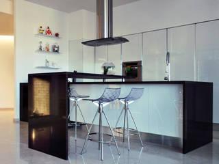 Cozinhas modernas por CORFONE + PARTNERS studios for urban architecture Moderno