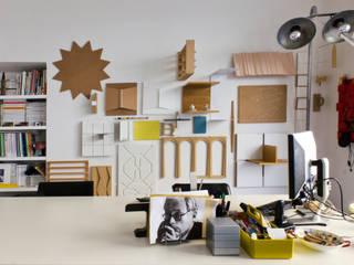 APPARTAMENTO E.C.: Studio in stile in stile Moderno di Elena Cerizza Architetto
