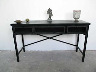 Industrial Iron Desk:   by Hegron de Carle Ltd