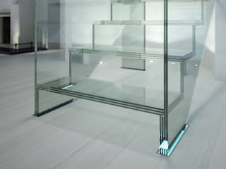 Innovations with glass - the staircase model LONDRA by Siller Treppen/Stairs/Scale Сучасний