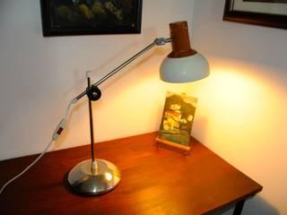Schreibtischlampe im polnischen Industriedesign: industriell  von Onkel Edison,Industrial