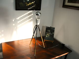 Tripod Tischlampe :   von Onkel Edison
