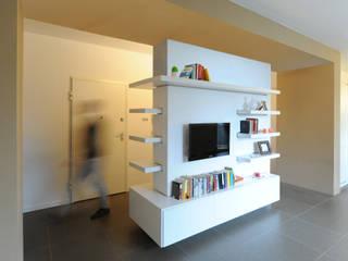 Ruang Keluarga by GRAZIANI & DICEMBRINO