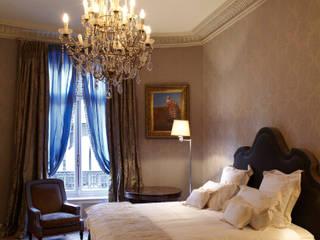 Guests room: Maison de style  par Mis en Demeure