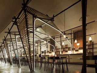 24 Lignes: Restaurants de style  par 1024 architecture