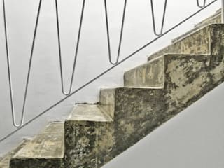 Pasillos y hall de entrada de estilo  por SzturArchitekten GmbH, Industrial