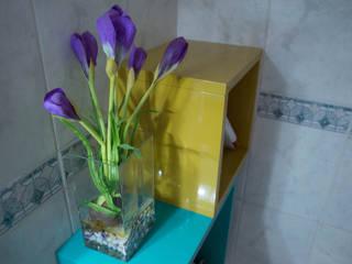 Cubic bathroom: Bagno in stile in stile Eclettico di Arreda Progetta di Alice Bambini