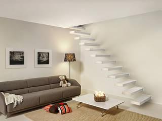 Fontanot: scale di design e accessori Soggiorno minimalista di Fontanot – Albini & Fontanot S.p.A. Minimalista