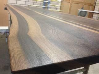 Räuchereiche Tischplatte Makassar Typ von Hugo Kämpf GmbH Ausgefallen
