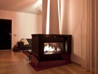 Casa LM:  in stile  di Laboratorio di Progettazione Claudio Criscione Design
