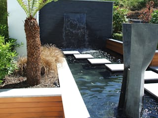 Jardines de estilo  de Kevin Cooper Garden Design, Moderno
