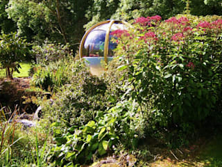 "The ""Sphere"" has landed Modern garden by Kevin Cooper Garden Design Modern"