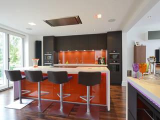 MR & MRS JACOBSON'S KITCHEN Modern kitchen by Diane Berry Kitchens Modern