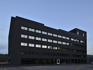 CLAUDIA House of Sounds Bürogebäude von OOS