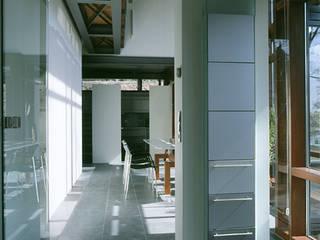 Casas estilo moderno: ideas, arquitectura e imágenes de Christine Etschmann Johannes Noack Moderno