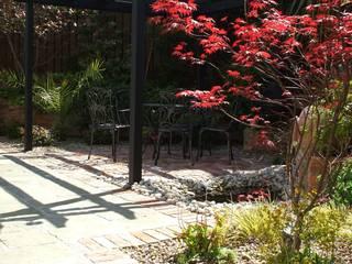 "The ""Courtyard"" Garden Kevin Cooper Garden Design Jardin classique"