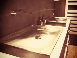 // Projet Salle de bains Cuisine rustique par Gaspar. Architecture et Design Rustique