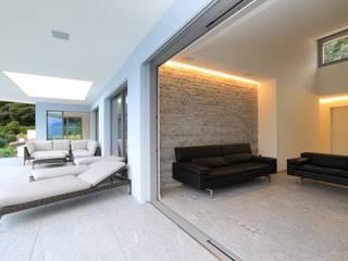 Appartamento Brissago Soggiorno moderno di Aldo Rampazzi Studio di Architettura Moderno