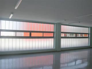 Centro de Recursos Medioambientales. Chico Mendez.:  de estilo  de Beirak y Ulanosky Arquitectos.