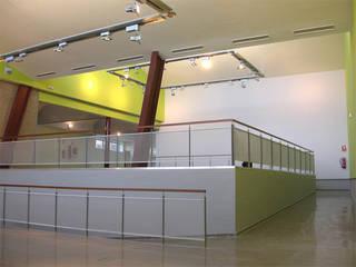 Centro de Recursos Medioambientales. Chico Mendez. de Beirak y Ulanosky Arquitectos. Minimalista