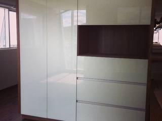 minimalist  by VETRATA, Minimalist